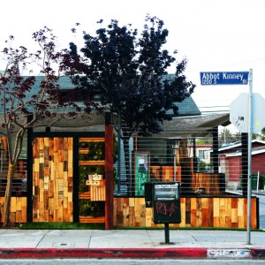 From Its World Famous Boardwalk And Beautiful Beach To The Shoppers Paradise Of Abbot Kinney Blvd Venice Offers A Unique Vibrant Mix Activities